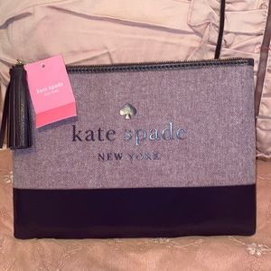 NWT!Kate ♠️ Spade Large Tassel Pouch!